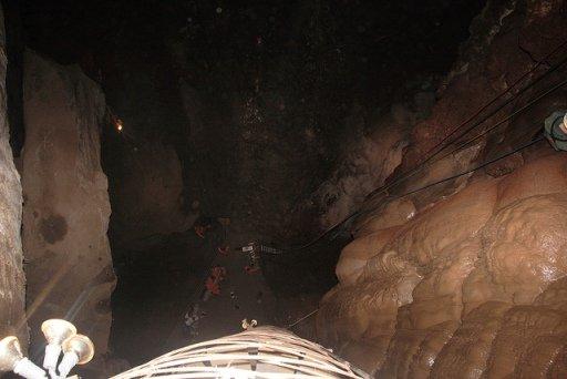adventure park moaning caverns