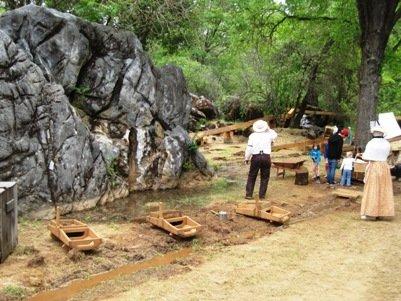 columbia diggins gold mining