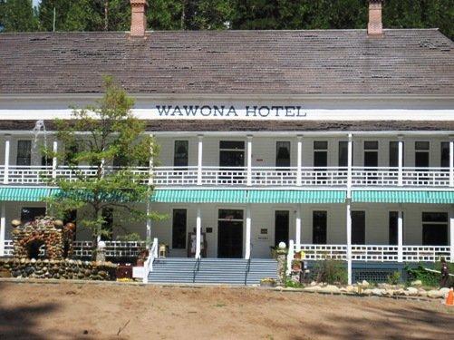 hotel wawona