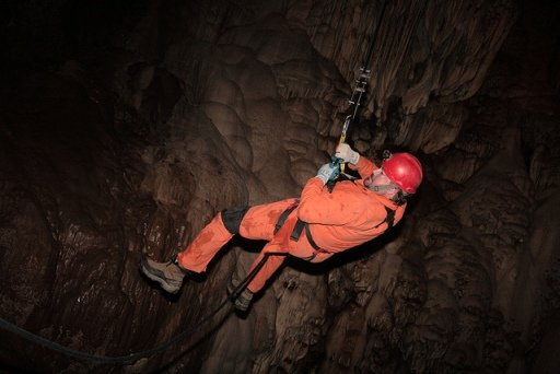 moaning cavern rappel
