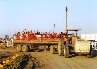dellosso family farm hay ride