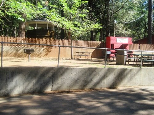 gold county campground resort picnic area